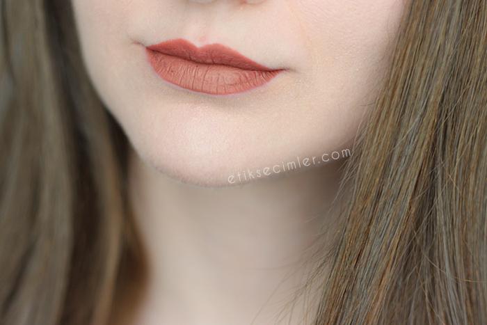 Nyx lip lingerie likit mat ruj ruffle trim dudak swatch