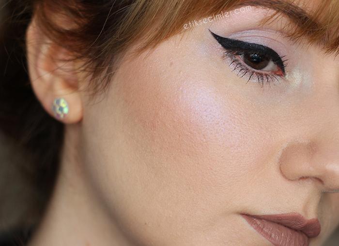Anastasia Beverly Hills Moonchild Glow Kit Aydınlatıcı Palet
